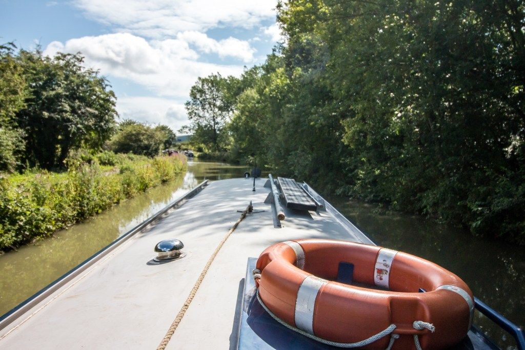 Canal boat trip on the Avon - The Project Lifestyle