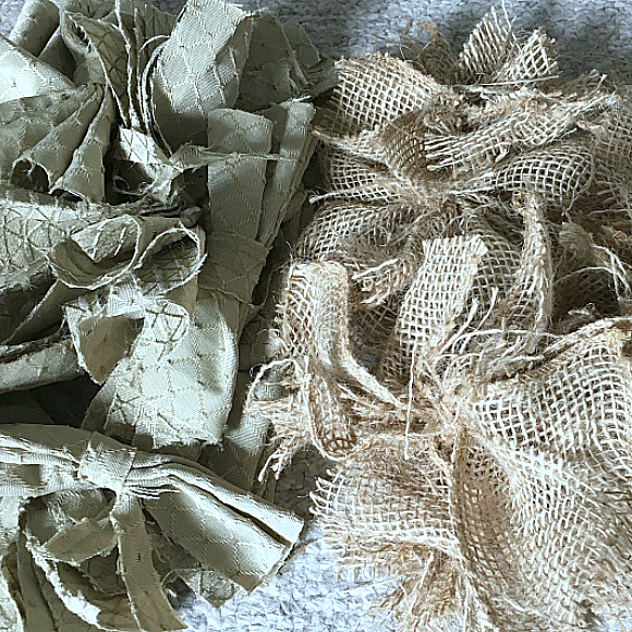 The easiest & fastest, most gorgeous Burlap Rag Wreath, ever!