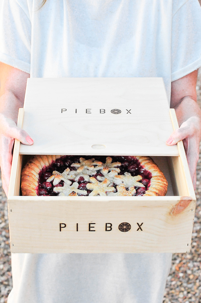 pie box giveaway with @theproperblog