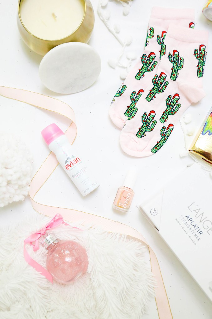 #GiftIt \\ Holiday Gift Guide - Last Minute Gifts Under $25 For Her