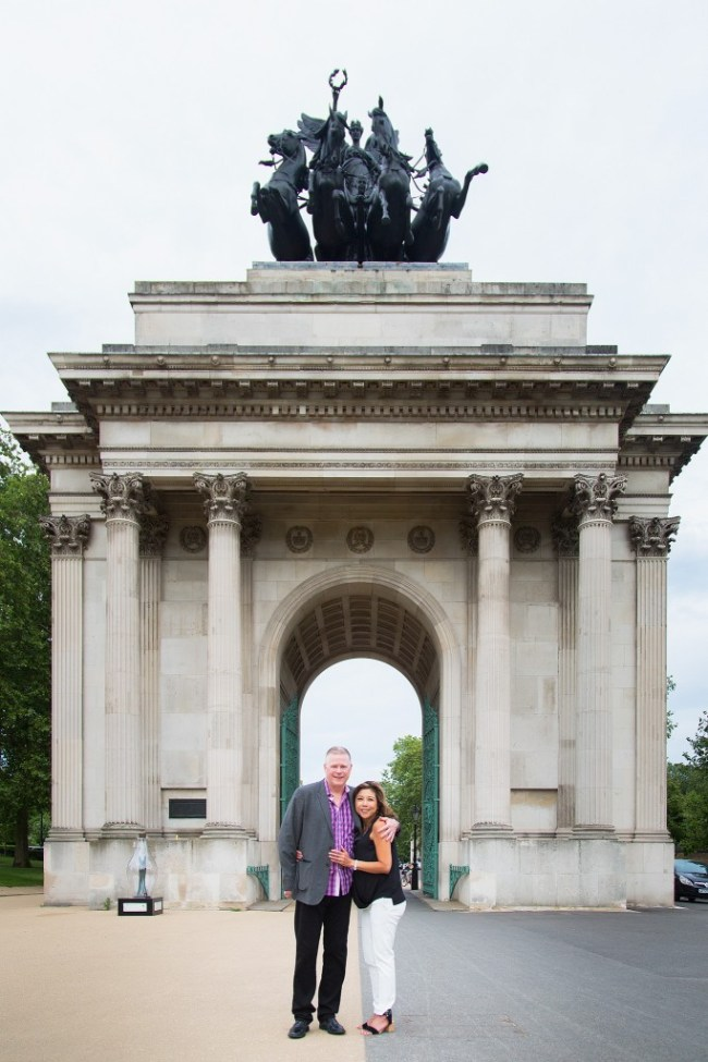 Marriage proposal Wellington Arch