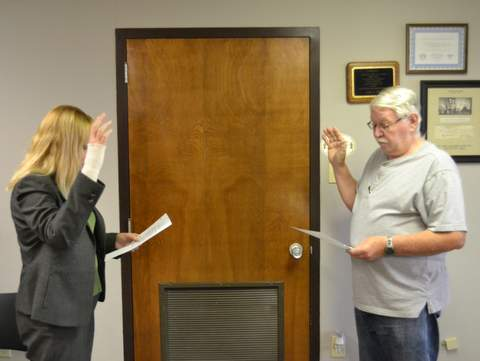 Leonard Sworn in by Judge Kim Verhoff
