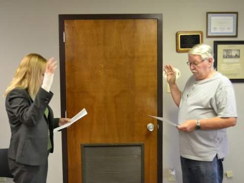 Leonard Sworn in by Judge Kim Verhoff