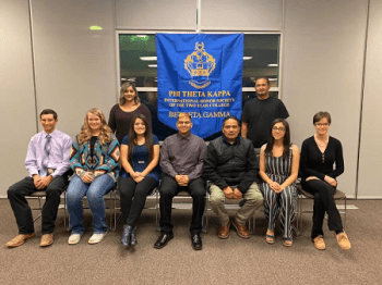 LCC's Phi Theta Kappa Welcomes 17 New Members