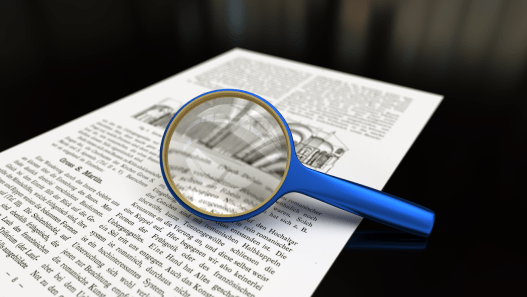 1280px-Magnifying_glass_with_focus_on_glass.png