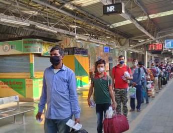 बिहार व मध्य प्रदेश के बाद अब गुरूग्राम से देश के उत्तर पूर्वी राज्यों को भेजी गई विशेष रेल