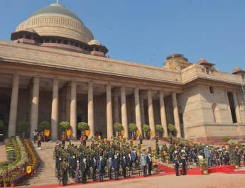 राष्ट्रपति कोविंद आर्मी गार्ड बटालियन के औपचारिक बदलाव समारोह के गवाह बने
