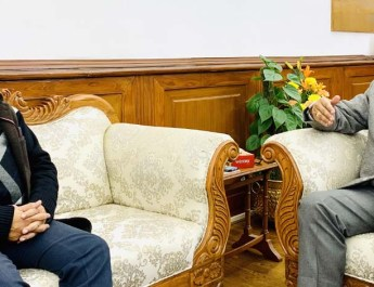 नव नियुक्त केंद्रीय कार्मिक और प्रशिक्षण विभाग के सचिव, दीपक खांडेकर ने केंद्रीय मंत्री डॉ. जितेंद्र सिंह से मुलाकात की