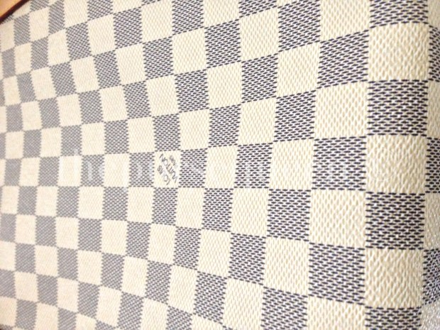 louis-vuitton-replica-totally-gm-damier-azur-print-canvas