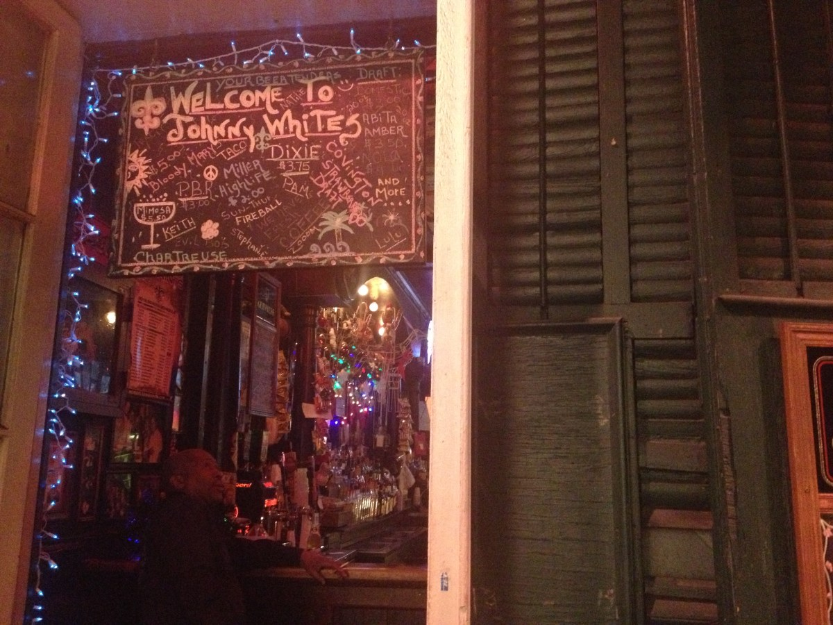 Original Johnny White's on St. Peter Street, watering hole for local service industry, closes permanently