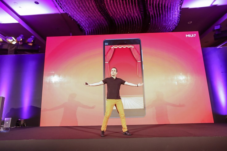 Hugo Barra, Vice President, Xiaomi Global presenting Badshah Rocks