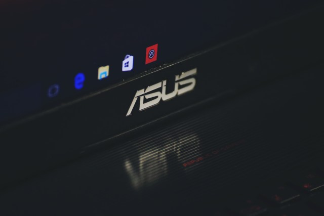 ASUS Reflection