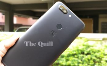 OnePlus 5T in the hand