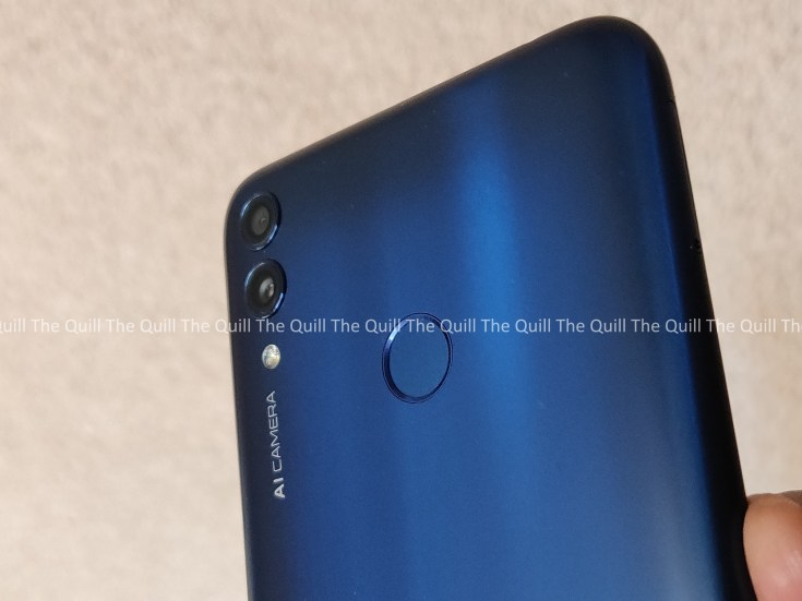 Honor 8C Rear View