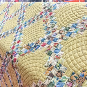 Heirloom Quilt done by Longarm Quilting