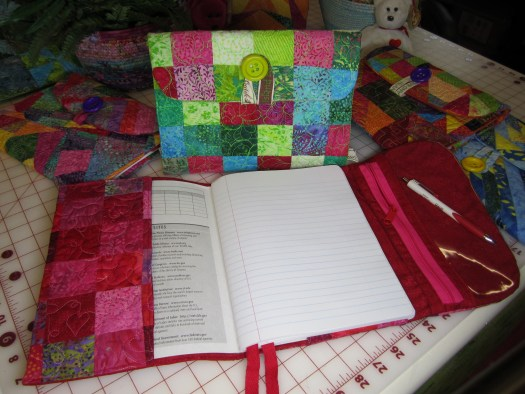 Quilted Composition Book Cover Pattern : How to make a quilted composition notebook cover the