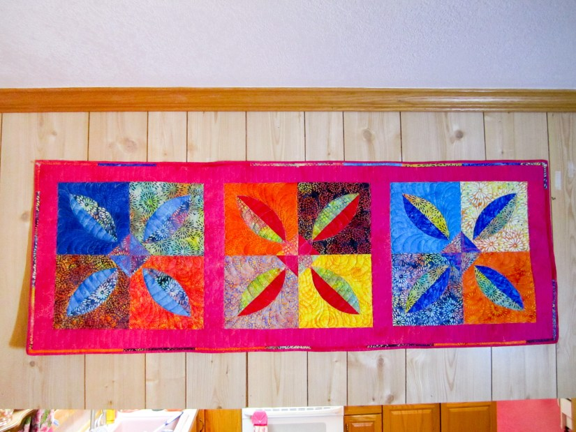 Curved Piecing with the Melon Block