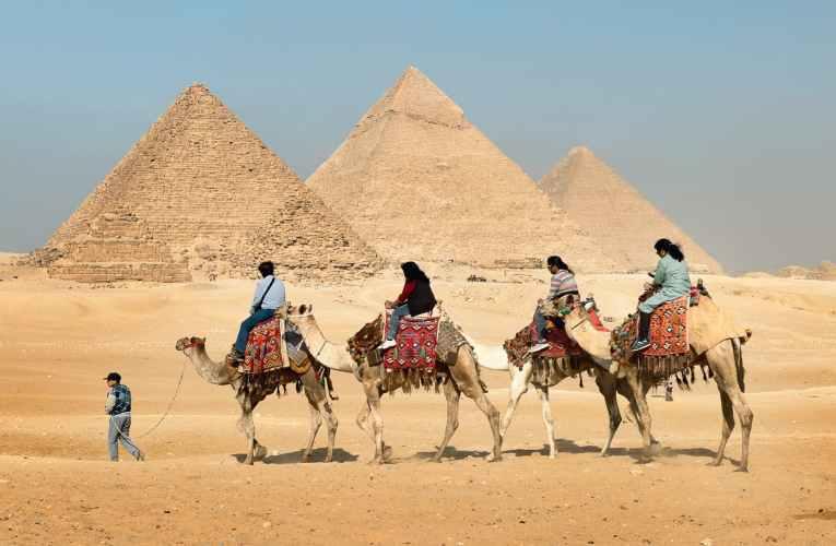 تناقض التفاصيل في القصص الذهاني-1 فرعون أم الملأ