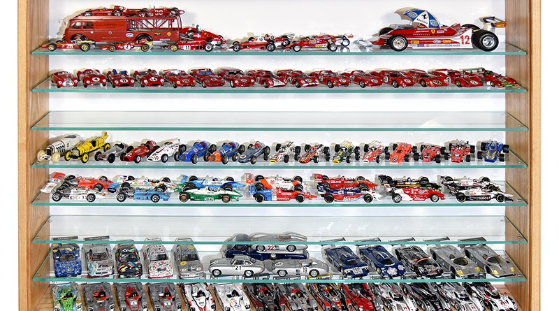 model car cabinets by racerhead
