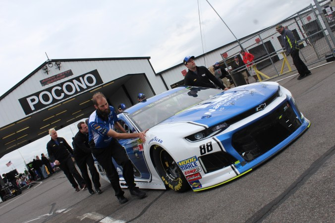 The No. 88 Chevrolet is rolled out of the garage ahead of the 2018 Pocono 400. (Tyler Head | The Racing Experts)