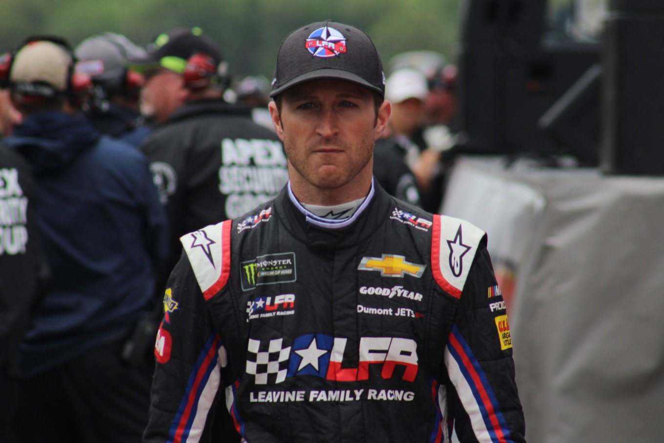Kasey Kahne walks during driver introductions for the 2018 Pocono 400. (Tyler Head | The Racing Experts)