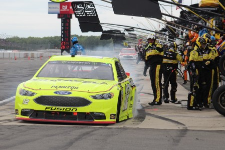 Ryan Blaney leaves the pits during the 2018 Pocono 400. (Tyler Head | The Racing Experts)