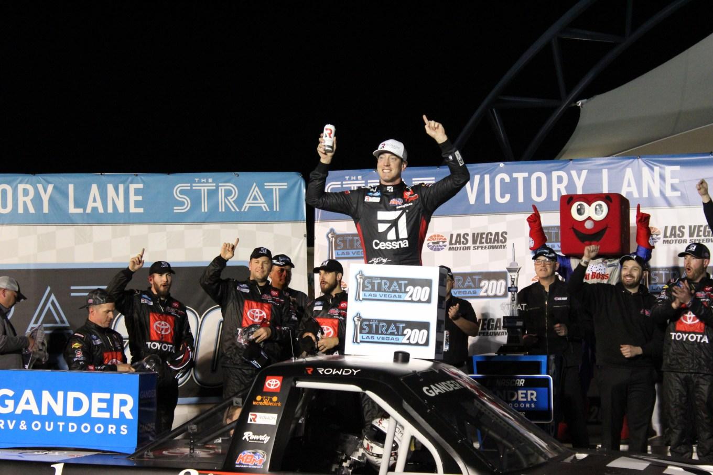 Kyle Busch truck win Las Vegas 2020