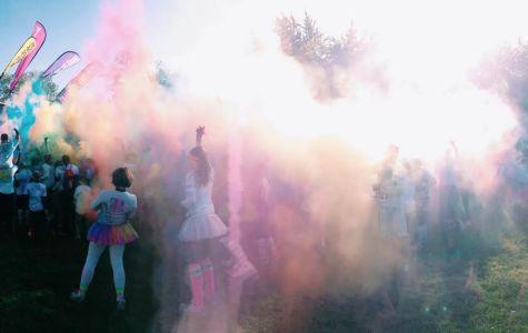 Color Run paints thousands
