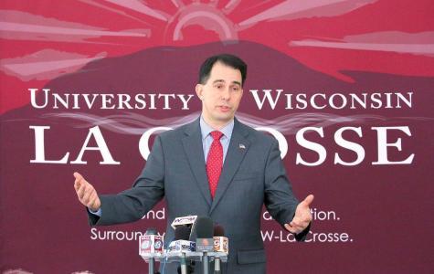 Student Association Discusses Walker's Budget