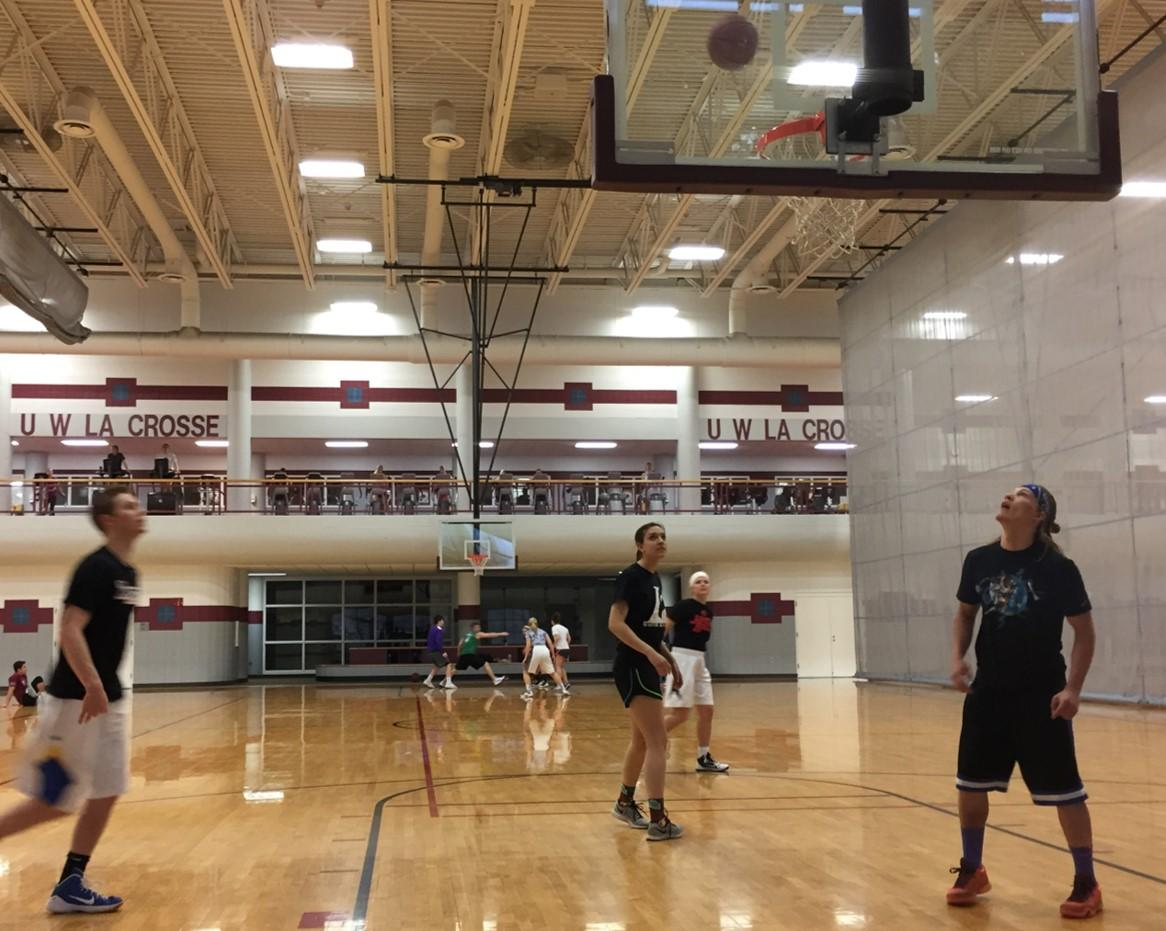 Students compete in the UW-L 3v3 Basketball Tournament