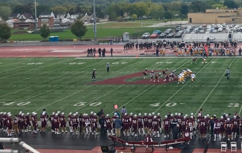 UWL Football Undefeated in WIAC Play