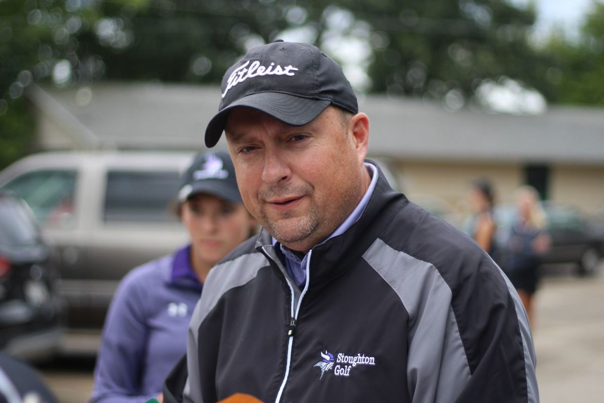 UWL Women's Golf's first head coach David Taebe
