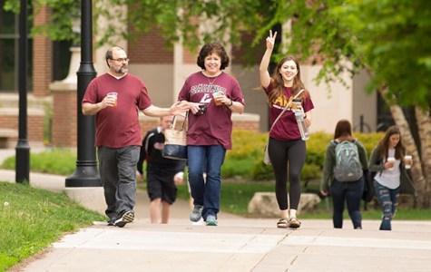 Ask 5: UWL students enjoy family weekend Oct. 12-14