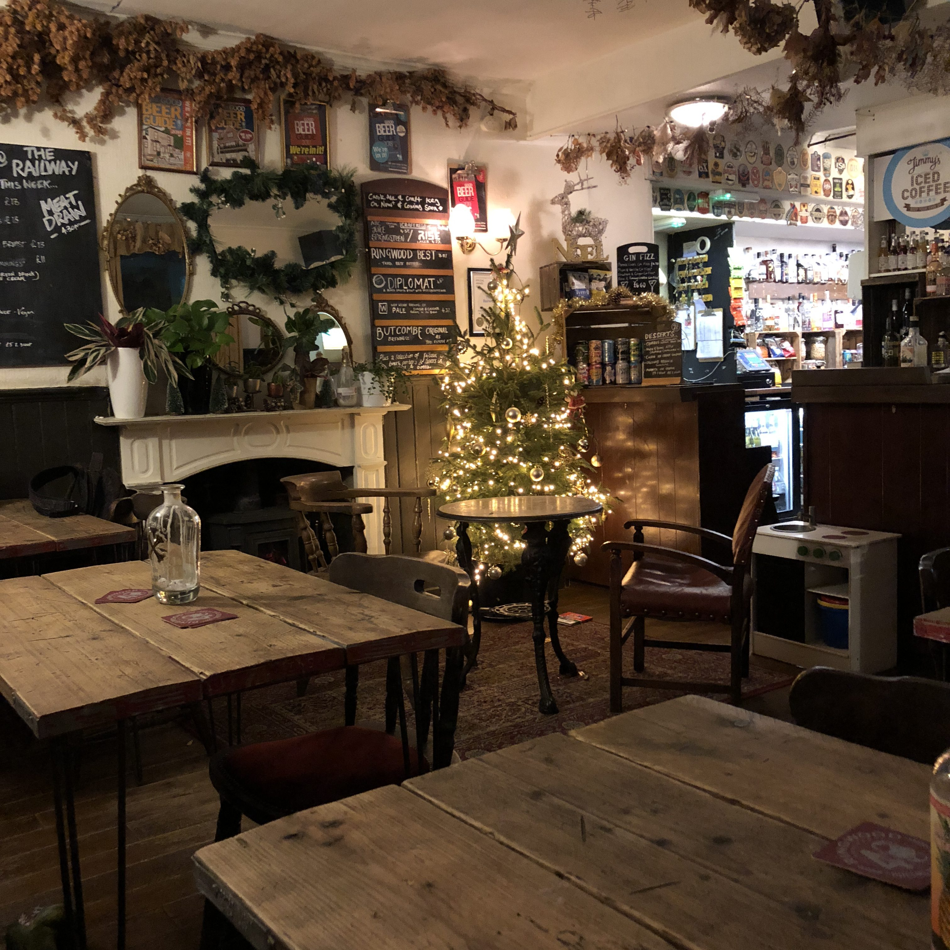 Cosy Pub the Railway Pub in Ringwood, New Forest
