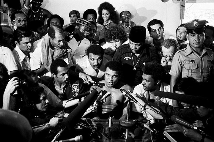 Muhammad-Ali-speaks-to-th-028
