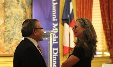Alumni honored at Friday Medal Dinner