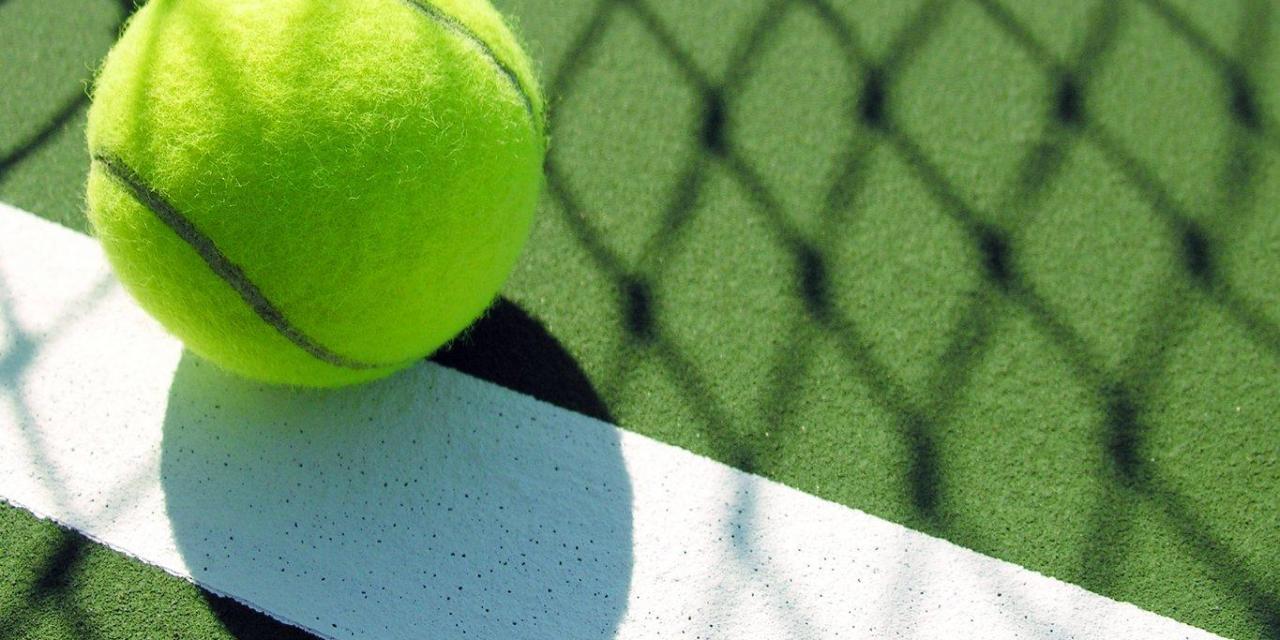 Tennis teams wrap up fall seasons