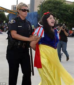 Poor snow white she getting it too .HELP ME MCA