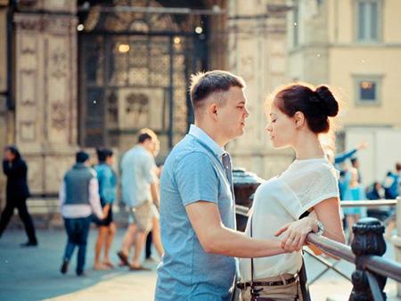 couple-talking-3