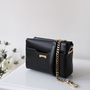 Luxury vegan Pouch with chain in black