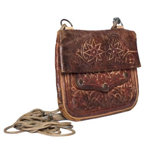 side view handmade brown vintage leather shoulder bag