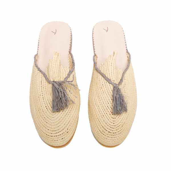 front side abury beige, grey raffia summer slippers with tassel