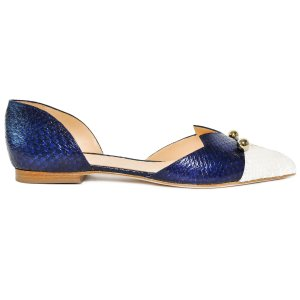 White and blue coloured, sustainable LOULOU Loafer with golden piercings by ALINASCHUERFELD
