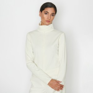 turtleneck_sweater