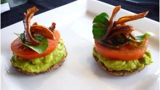 Breakfast bagel with Avocado