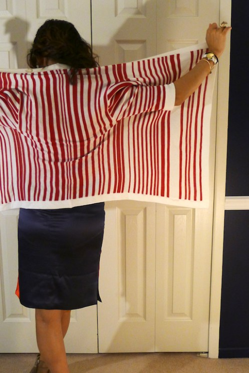 how to wear red, white and blue, color blocking, mixed prints