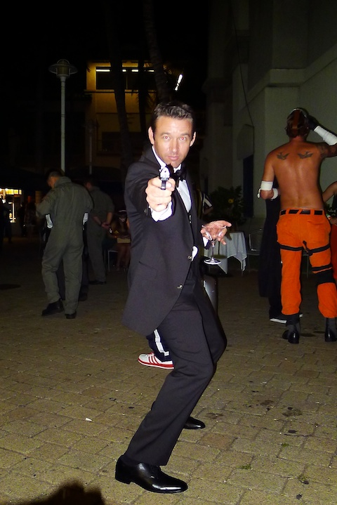 thereafterish, Aloha Tower Halloween Party, 007 costume