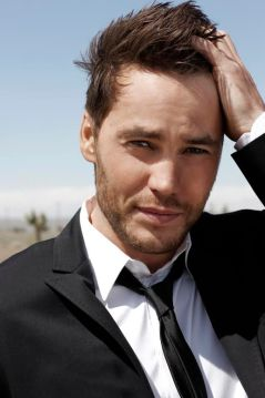 Taylor Kitsch Headshot