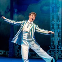 Review – Half A Sixpence, Noel Coward Theatre, 29th December 2016