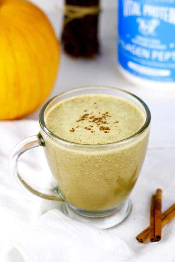 Gut-Healing Pumpkin Spice Latte | healthy pumpkin spice latte recipe | homemade pumpkin spice latte | how to make a pumpkin spice latte | fall drink recipes | fall recipe ideas | fall latte recipes | gluten free pumpkin spice latte | paleo pumpkin spice latte | dairy free pumpkin spice latte | gluten free fall drinks | gluten free fall recipes | paleo drink recipes | paleo fall recipes || The Real Food Dietitians